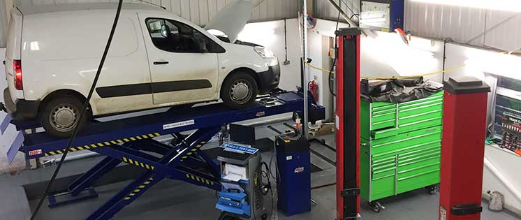 R and T Autocentre Servicing